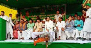 नेता प्रतिपक्ष तेजस्वी यादव ने लालू स्टाइल में किया मतदाताओं से सीधा संवाद, उमेश सिंह को बताया विनर