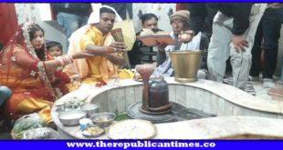 मधेपुरा : बाबा भोलेनाथ की जलाभिषेक को उमड़ी श्रद्धालुओं की भीड़